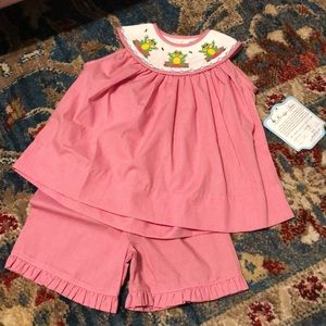 Nwt 18m remember nyguyen smocked frog outfit